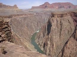 """Segmento en """"V"""" del Gran Cañón del Colorado"""