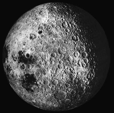 Lado oculto de la Luna, fotografiado por el Apollo 16